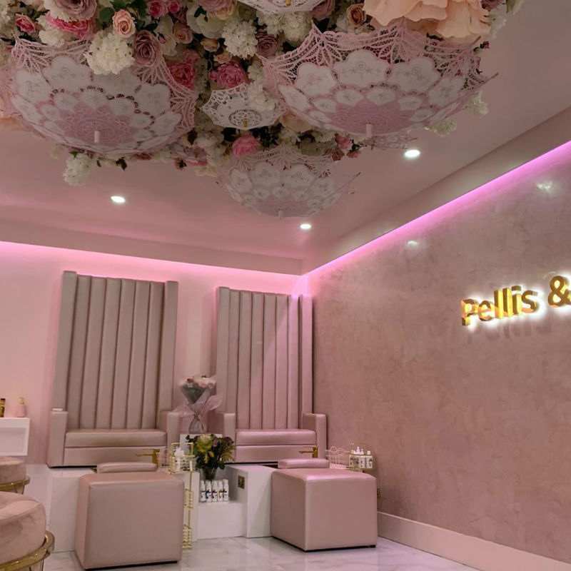 Luxury Home Bars: Venetian Plastering North West